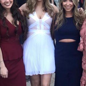 White BCBG size 6 lace dress